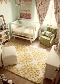 großer kronleuchter und frische helle farben im babyzimmer - 45, Badezimmer