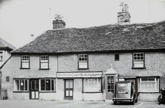Old cottages on the east side of Market Square, Rochford just prior to demolition in the 1960s.