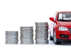 No mercado existem carros mais potentes, mas o fator económico faz a diferença. Descubra quais os melhores carros até 12 mil euros em Portugal.
