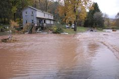 10/24  Pa Pipeline Bursts, Leaks 55,000 Gallons of Gas Into One of US Most Endangered Rivers
