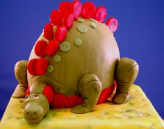3D dino taart.  Cake with 3D dino