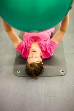 Kotiäiti Jenni Heiti päätti lopettaa selittelyt, ja aloittaa kuntokuurin. Tavoitteena on 10 kiloa 10 viikossa. Health Fitness, Exercise, Gym, Workout, Wings, Ejercicio, Work Out, Exercises, Workouts