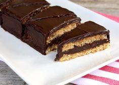 Mandľovo čokoládový zákusok, recept, Zákusky   Tortyodmamy.sk Sweets, Blog, Cakes, Fit, Kitchens, Recipes, Gummi Candy, Cake Makers, Shape