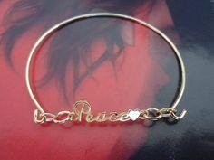 Peace bangle bracelet. Disponible. De $65 mxn. Pide desde aquí, FB Koeber accesorios o visítanos en tienda!