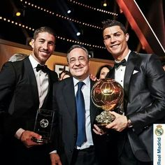 Congrratttts to cr7 the best player in the world !