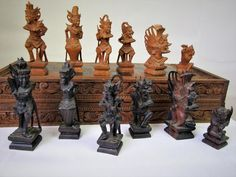 VINTAGE CHESS SET MID 20th C FINE BALINESE CARVING RAMAYANA EPIC K 161mm + BOARD in Toys & Games, Games, Chess   eBay!