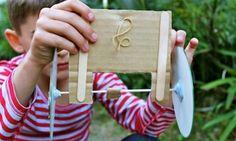 Activities for boys: Make a rubber band CD car - Kidspot