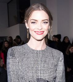 Jaime King's fluttery lashes, flushed cheeks and coral lips are so stunning