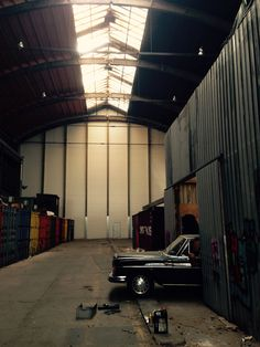 W108 Mercedes 280S automatic getting ready for the summer. Storage, old shipyard