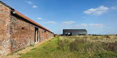 Craft1945: Old Barn New Home