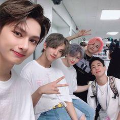 Jun, Joshua, Woozi, jeonghah from Seventeen Joshua Seventeen, Seventeen Scoups, Jeonghan Seventeen, Seventeen Debut, Seungkwan, Wonwoo, Hip Hop, Steven Universe, Vernon Chwe
