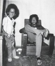 bob marley and children pics   ZIGGY MARLEY 'FAMILY TIME' Ipod Giveaway! 6-1 CLOSED - Influential ...