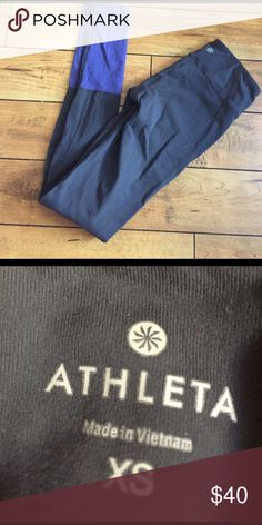Athleta leggings Gently used no stains holes Athleta Pants Leggings