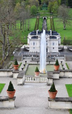 Linderhof Palace (Bavaria) built by King Ludwig. Places Around The World, The Places Youll Go, Places To See, Around The Worlds, Beautiful Castles, Beautiful World, Beautiful Places, Linderhof Palace, Germany Castles