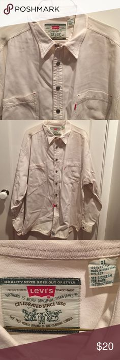 Men's Levi's Denim LS Shirt Hundred percent cotton. Made in Hong Kong. Medium weight fabric. Levi's Shirts Casual Button Down Shirts