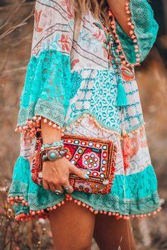 Women Dress Light Blue Plus size Cotton-Blend Bell Sleeve Casual Shop Casual Dresses – Neon Blue Short Dress Boho Hippie Floral Lace Sleeve Casual [. Boho Hippie, Estilo Hippie Chic, Bohemian Style, Modern Hippie, Hippie Style, Hippie Jewelry, Yoga Jewelry, Hippie Masa, Gypsy Style
