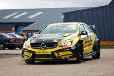 Ready to Race: Mercedes A-Klasse in der British Touring Car Championship 2014