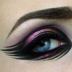 Holy eyeliner!!!