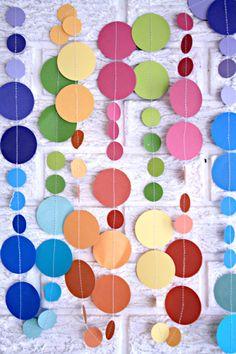 Nursery Decor bebé móvil - decoraciones del partido círculo de papel guirnalda ... cumpleaños / género revelan / partido rainbow / sala de juegos para niños