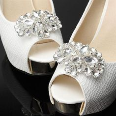 One-pair Crystal Horse eye Rhinestone Shoe Clip Pearl Shoes, Rhinestone Shoes, Bow Shoes, Silver Shoes, Vintage Rhinestone, Crystal Rhinestone, Shoes Sandals, Bridal Party Jewelry, Bridal Shoes