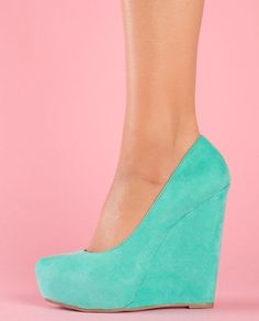 Adorable Tiffany blue wedge