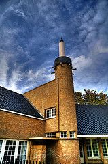Catharina van Rennesschool  architect: W.M. Dudok Architecture Board, School Architecture, Art Nouveau, Amsterdam School, Streamline Moderne, Modern Stairs, Art Deco Home, Brickwork, Modern Interior