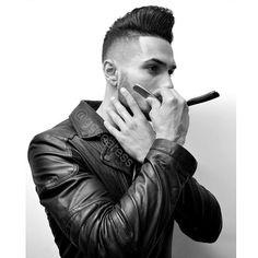 "752 mentions J'aime, 11 commentaires - Gabriel Soares (@ggsoaress) sur Instagram: ""▫B L V C K▫ #barber #pompadour #hairstyle #haircut #hairstyleformen #mensstyle #menshair…"""