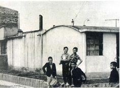 Típica vivienda del popular del barrio Quiroga, años 50. Una de sus características es el techo curvo de sus casas.