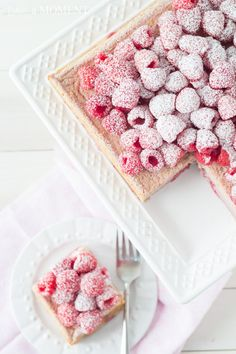 Raspberry Magic Custard Cake #RaspberryDesserts