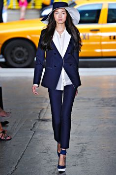 DKNY Spring 2012 – Vogue