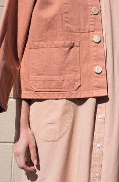 Give workwear classics the feminine touch with shades of blush and salmon, like this Krasner jacket in Melon Denim. Womenswear weekend by Beige Outfit, Neutral Outfit, Looks Style, Looks Cool, My Style, Pink Style, Mode Inspiration, Color Inspiration, Mode Lookbook