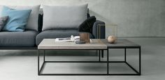 Rolf Benz coffee table 985 , designed by Gunther Kleinert , labsdesign Fine Furniture, Sofa Furniture, Contemporary Furniture, Furniture Design, Canapé Simple, Moderne Couch, Low Coffee Table, Interior Styling, Interior Design