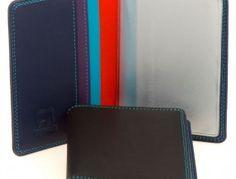 Tarjetero Fundas Plástico Black Pace     length: 10 cm | width: 8 cm – 15,5 cm    Available colors: Jamaica | Kingfisher | Sangria Multi | Chocolate Mousse