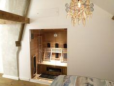 Uw sauna of infraroodcabine gewoon onderdeel van het interieur, dat is mogelijk met de speciale inbouw modellen van SuperSauna. Neem gerust een kijkje in één van de zever winkels van SuperSauna. Cabine Sauna, Modern, Design, Home Decor, Red Cedar, Spot Lights, Homemade Home Decor, Trendy Tree