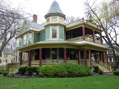 Victorian in Oak Park, IL. Victorian Architecture, Amazing Architecture, Interior Exterior, Home Interior, Interior Design, Beautiful Buildings, Beautiful Homes, Painted Lady House, Victorian Style Homes