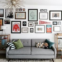 Interior Planning Tips Tricks And Techniques For Any Home. Interior design is a topic that lots of people find hard to comprehend. However, it's actually quite easy to learn the basics of effective room design. Interior Design Living Room, Living Room Designs, Living Room Decor, Bedroom Decor, Kitchen Interior, Design Apartment, A Frame Cabin, Inspiration Wall, Wall Collage