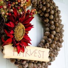 acorn wreath for harvest.