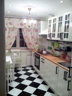 Очень уютная кухня