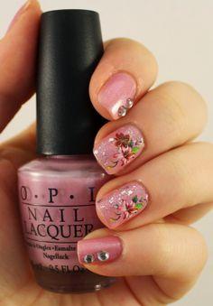 Goodly Nails: Kaunista vaaleanpunaista