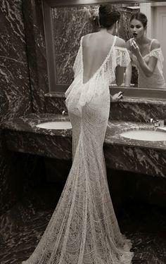 escote nude | Con Bodas y a lo Loco conbodasyaloloco.wordpress.com402 × 640Buscar por imagen ... Berta-Bridal-2014-vestido-escote-espalda-volantes ...
