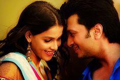 Famous Cute Bollywood Couple Actress Genelia DSouza With His Husband Riteish Deshmukh Wallpaper Genelia D'souza, Bollywood Couples, Movie Wallpapers, Couples In Love, Best Couple, Celebs, Celebrities, Celebrity Couples, Hd Movies