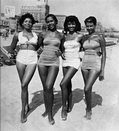 60's women//// What a great photograph....and I love those 1960's suits, my Mom used to wear one the same as above.