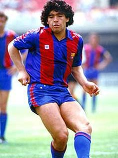 Diego Armando Maradona, born 30 October Argentine attacking midfielder or second striker, FC Barcelona Best Football Players, National Football Teams, Football Fans, Soccer Players, Fc Barcelona, Barcelona Futbol Club, Diego Armando, Messi Soccer, Play Soccer