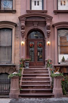 winter evening #3, 192 Columbia Heights (1856), Brooklyn Heights, New York