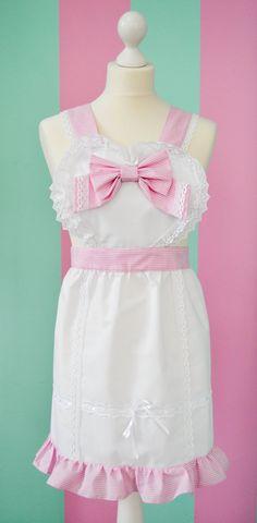 Lovely pastel gingham heart lolita Apron by MademoiselleOpossum, €59.90