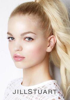 Daphne Groeneveld for Jill Stuart Beauty SS 2013 Campaign Cool Makeup Looks, Natural Makeup Looks, Pretty Makeup, Natural Beauty, Beauty Makeup, Hair Beauty, Pink Makeup, Daphne Groeneveld, Angels Beauty