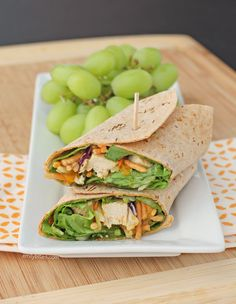 This Chinese Chicken Wrap is a perfect healthy lunch idea - it's fast and easy to make and it tastes great! Only 259 calories or 7 Weight Watchers points. www.emilybites.com