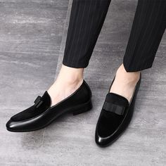 Nice Pop Gentlemen Bowknot Wedding Dress Male Flats Casual Slip On Shoes Black Patent Leather Red Suede Loafers Men Formal Shoes Leather Loafer Shoes, Leather Slip On Shoes, Suede Loafers, Loafers Men, Patent Leather, Men's Leather, Brogues, Mens Tassel Loafers, Casual Slip On Shoes