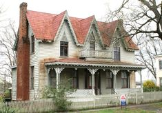 Alabama's surviving examples of Carpenter Gothic homes - - Only about 20 Carpenter Gothic homes remain statewide. Gothic Revival Architecture, Interior Architecture, Ancient Architecture, Gothic Vanity, American Gothic House, Spring Villa, Horror Decor, Gothic Home Decor, Woodworking Projects Plans