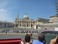 Sente no segundo andar, prepare sua máquina, relaxe e curta #Roma de Ônibus. Dica de quem já foi! #viatorpt